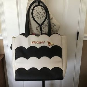 New Betsey Johnson Black/White Handbag